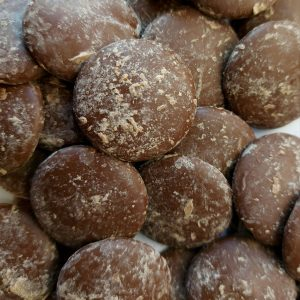 41.5% cocoa milk chocolate buttons